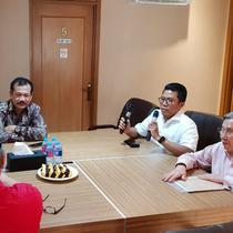 Kwik Kian Gie di Posko Tim Kampanya Nasional Jokowi-Ma'ruf Amin di Jl Cemara, Menteng, Jakarta Pusat, Jumat (21/9/2018).