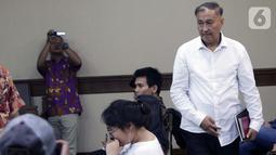 Terdakwa dugaan korupsi e-KTP, Markus Nari bersiap menjalani sidang lanjutan di Pengadilan Tipikor, Jakarta, Rabu (2/10/2019). Sidang beragendakan mendengar keterangan ndi Narogong, Setya Novanto dan Irvanto Hendra Pambudi Cahyo. (Liputan6.com/Helmi Fithriansyah)