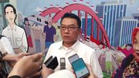 Kepala Staf Kepresidenan Moeldoko usai mengisi acara di Malang, Jawa Timur (Liputan6.com/Zainul Arifin)