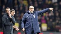 Ekspresi pelatih Chelsea, Maurizio Sarri pada laga lanjutan Premier League yang berlangsung di Stadion Vicarage Road, Watford, Rabu (24/12). Pasukan Maurizio Sarri menang 2-1 atas Watford. (AFP/AP)