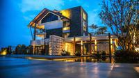 Pullman Ciawi Vimala Hills Resort Spa & Convention Gilles Tressens. Dok