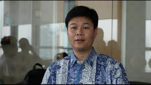 Wawancara Bola.com dengan CEO Uni Papua Football Community Harry Widjaja.