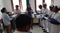 Petugas kesehatan RSUD Tiom di Kabupaten Lanny Jaya Papua. (Foto: Dok BPJS Kesehatan)