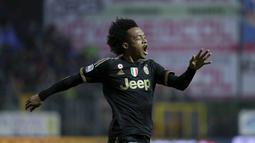 Pemain Juventus, Juan Cuadrado menjadi salah satu pencetak gol kemenangan timnya pada pekan ke-24 Liga Italia. (REUTERS/Max Rossi)