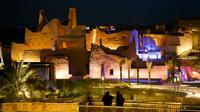 Suasana Kompleks Diriyah yang dulu berfungsi sebagai pusat kekuasaan Al Saud di Riyadh, Arab Saudi, 8 Maret 2018. Arab Saudi bertekad menjadi destinasi wisata terbaik dunia karena kondisi alamnya unik dan sarat akan sejarah. (AP Photo/Amr Nabil)