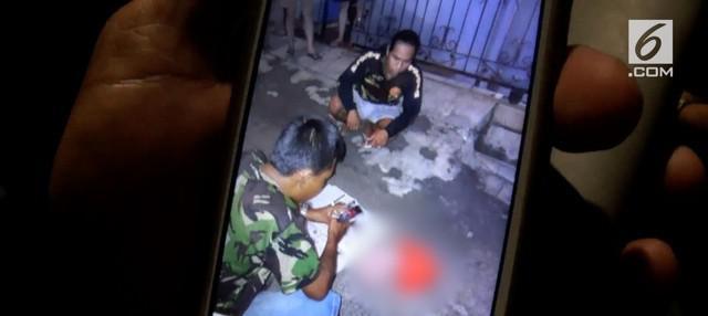 Sosok jasad bayi laki-laki ditemukan tergeletak di depan rumah di daerah Sunter. Diduga Ibu dari bayi kandung tersebut adalah pembantu yang bekerja di rumah tersebut.