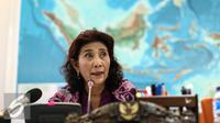 Menteri Kelautan dan Perikanan, Susi Pudjiastuti memberikan keterangan pers di Kementerian Kelautan dan Perikanan, Jakarta, Selasa (26/7). (Liputan6.com/Faizal Fanani)