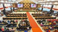 Rapat paripurna istimewa DPRD Sulbar dalam rangka memeperingati hari jadi Sulbar ke-15 pada tahun 2019 (Foto: Liputan6.com/Abdul Rajab Umar)