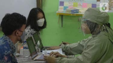 Vaksinasi Anak Usia 12-17 Tahun di SMAN 20 Jakarta