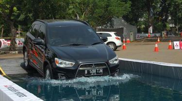 Mitsubishi Delica dan Outlander Sport Unjuk Kebolehan