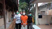 Pengguna Liquid Narkoba Ditangkap Satresnarkoba Polres Serang Kota. (Rabu, 25/08/2021). (Yandhi Deslatama/Liputan6.com).