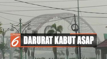 Hujan yang turun di Palangka Raya tak jua menghilangkan kabut asap meski kondisi udara mulai membaik.