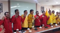 Pengurus Partai Golkar dan PDIP bertemu di Kantor DPP Golkar. (Liputan6.com/Putu Merta Surya Putra)