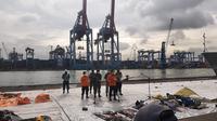 Direktur Operasi Basarnas Brigjen TNI (Mar) Rasman di Jakarta International Container Terminal (JICT) 2, Jakarta Utara, Kamis (14/1/2021).(Liputan6.com/ Ady Anugrahadi)