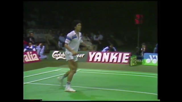 Berita video flashback bulutangkis pertandingan seru final Kejuaraan Dunia 1983 nomor tunggal putra antara Liem Swie King melawan Icuk Sugiarto di Copenhagen, Denmark.