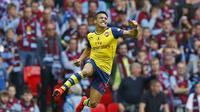 JUARA - Arsenal mampu mempertahankan gelar juara Piala FA usai membungkam Aston Villa. (Reuters / Carl Recine)