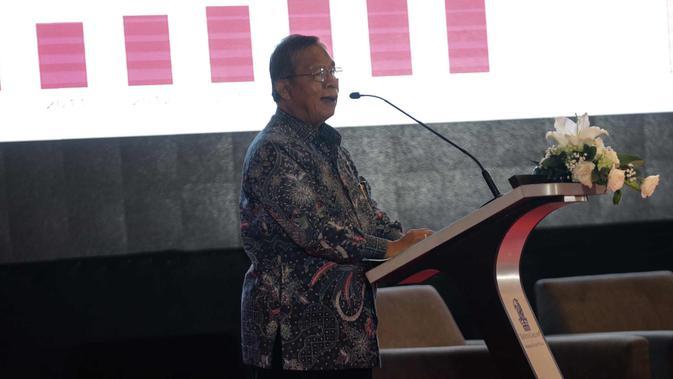 Menko Perekonomian Darmin Nasution saat memberikan paparan dalam pembukaan seminar Komite Ekonomi dan Industri Nasional (KEIN) di Jakarta, Rabu (17/1). Seminar tersebut bertemakan