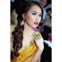 Ayu Ting Ting makin cantik dengan busana sari India. (Instagram @ayutingting92)