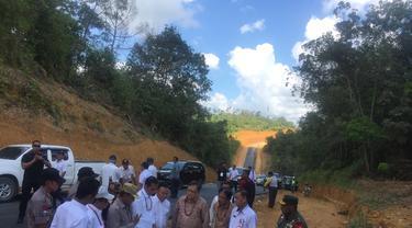Presiden Joko Widodo atau Jokowi mengecek kelaikan Kalimantan Tengah (Kalteng) sebagai ibu kota.