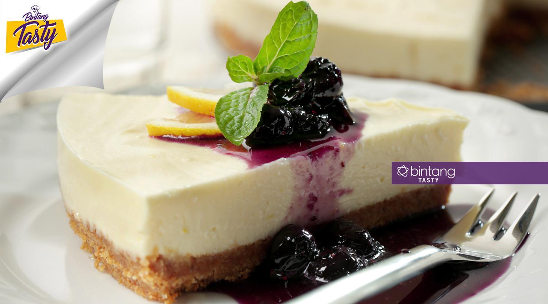 Unbaked cheesecake. (Fotografer: Daniel Kampua/DI: M. Iqbal Nurfajri/Chef: Arum Sari)