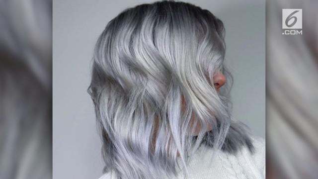 Tren rambut dinamakan Ghosted karena rambut harus dibuat seputih mungkin seperti hantu.