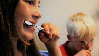 Dikira Pasta Gigi, Gadis Ini Tewas Usai Sikat Gigi Pakai Racun Tikus