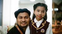 Tompi bersama putrinya, Ayesha (Foto: Instagram/@cutayesha_official)