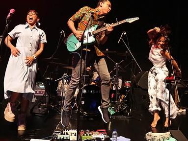 Barasuara adalah salah satu grup band yang tampil di peganugerahan XYZ Creator Awards 2018. (Bambang E. Ros/Bintang.com)
