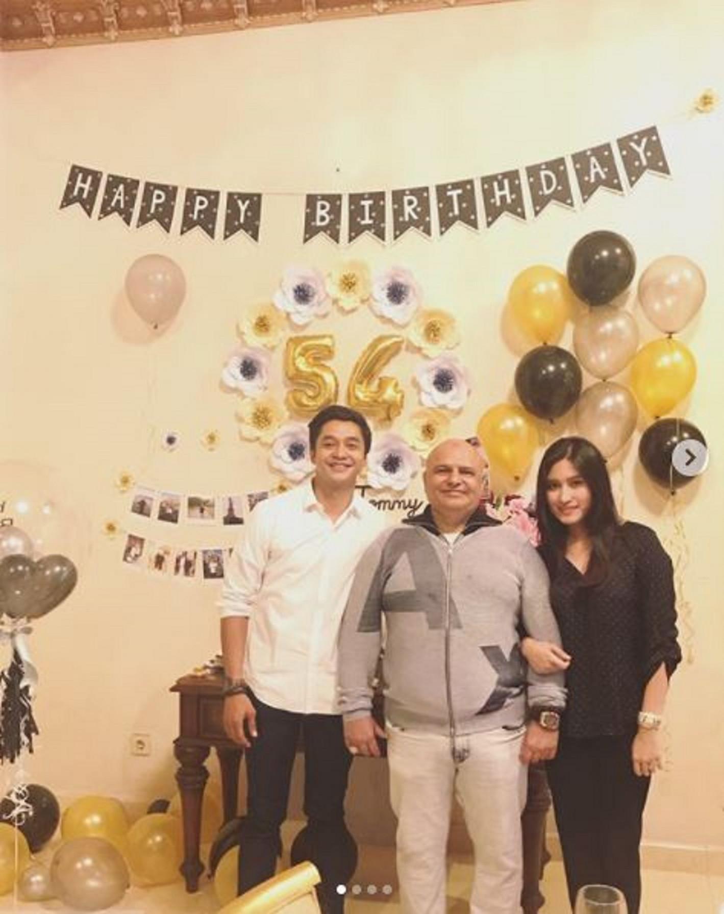 Adly Fairuz ikut merayakan ulang tahun ayah Angbeen Rishi (Instagram/@angbeenrishi)