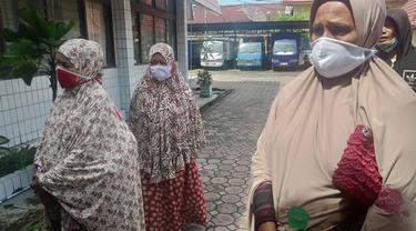 Penghuni panti jompo husnul khatimah di Pekanbaru yang mengadu ke dinas sosial Riau.