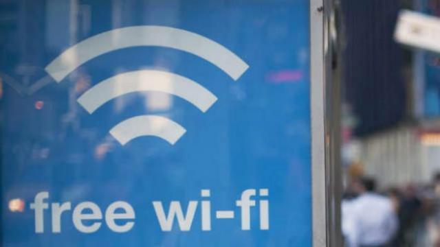 Buang Sampah di Tempatnya, Gratis Wifi