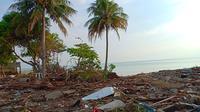 Kondisi pantai di dekat Swiss Bel Hotel Silae usai Gempa Palu (foto: Imron Hasbullah)