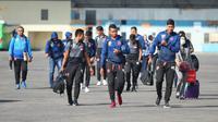 Skuat PSM Makassar menuju Laos untuk meladeni Lao Toyota pada Piala AFC 2019. (Bola.com/Abdi Satria)