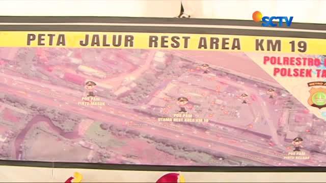 Kapolda Metro Jaya memantau langsung akses keluar dari Ibu Kota menuju sejumlah daerah melalui jalur darat.