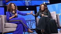 Michelle Obama (kiri) dan Oprah Winfrey. (dok.Instagram @michelleobama/https://www.instagram.com/p/B8WkkPnAKIZ/Henry)