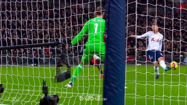 Berita video Theo Walcott dalam daftar pencetak gol terbaik pekan ke-25 Premier League 2017-2018. This video presented by BallBall.