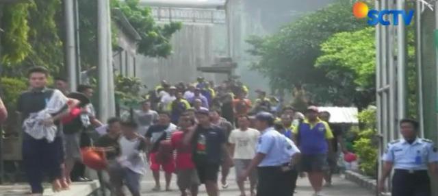 Jangan heboh dulu, ini merupakan skenario simulasi bencana Merapi yang digelar Pihak Lapas Narkotika Kelas 2A Yogyakarta.