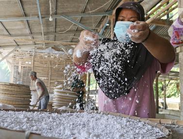 FOTO: Industri Pembuatan Tepung Tapioka Terdampak Pandemi COVID-19
