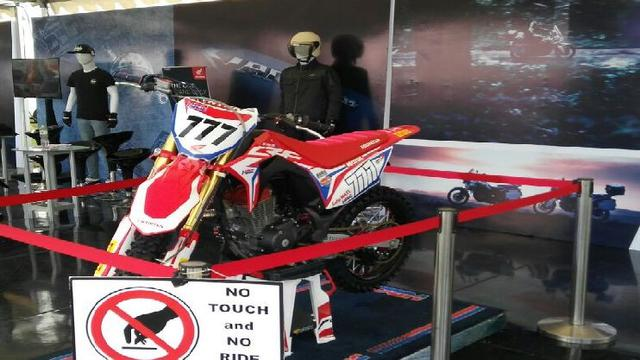 Tantang Kawasaki Klx Honda Crf150 Bakal Punya Harga Rp 30 Jutaan