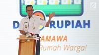 Gubernur DKI Jakarta Anies Baswedan memberikan sambutan pada saat meluncurkan program rumah DP 0 Rupiah di Klapa Village, Pondok kelapa, Jakarta Timur, Jumat (12/10). (Liputan6.com/Herman Zakharia)