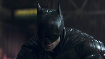 Tayang Maret 2022, Trailer The Batman Menampilkan Dark Knight Robert Pattinson dengan Riddler