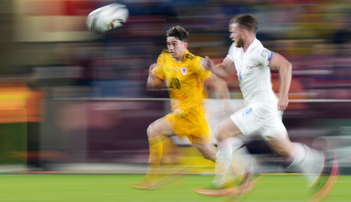 Republik Ceska harus puas berbagi poin usai bermain imbang atas tamunya Wales pada pertandingan Kualifikasi Piala Dunia Zona Eropa. (AP/Petr David Josek)