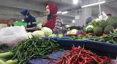Harga cabai rawit di Kota Bandung masih tinggi, mencapai Rp120 ribu per kilogram. (Foto: Liputan6.com/Dikdik Ripaldi)