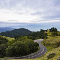 Inilah tiga komunitas yang bisa bikin kecintaanmu pada alam dan lingkungan jadi makin besar. (Sumber foto: unsplash.com/Ethan Dow)