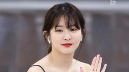Walaupun sekarang sudah sukses dengan Red Velvet, akan tetapi idol   kelahiran 10 Februari 1994 ini ternyata pernah merasa pesimis. Dan ia tak   yakin debut karena merasa tidak bisa bernyanyi. (Foto: instagram.com/seulgiredvelvet)