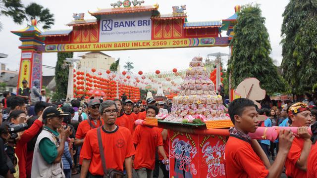 Akulturasi Jawa Tionghoa Imlek Dirayakan Lewat Grebeg Sudiro