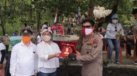 Kapolda Sulut diterima  Bupati Kepulauan Sitaro Evangelian Sasingen, dan Wakil Bupati John Palandung.