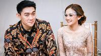 Kabar tersebut diketahui dari video singkat yang diunggah Ifan di akun Instagramnya. Terlihat Ifan sedang mengantar sang istri melakukan pemeriksaan ke dokter. Senyuman bahagia pun terlukis di wajah Citra. (Instagram/ifanseventeen)