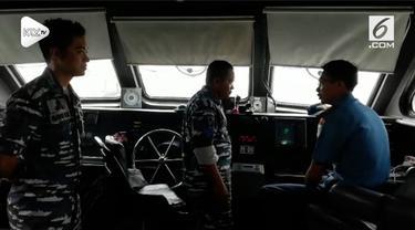 TNI AL mengerahkan 2 KRI dan 2 KAL mencari korban jatuhnya pesawat Lion Air JT 610 di perairan Karawang. Selain itu tim penyelam dari Kopaska juga dikerahkan dalam operasi pencarian ini