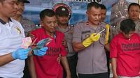 Wakil Kepala Polres Bangkalan Komisaris Suhartono saat jumpa pers kasus perampokan spesialisasi nasabah bank. (Liputan.com/Musthofa Aldo)